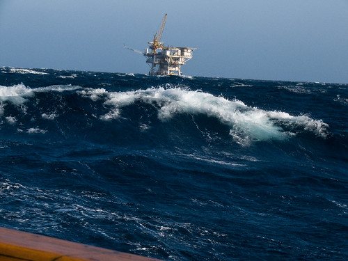 Oil rig platform off Oxnard, CA in 40 kph winds and 10-15' swells | by mikebaird
