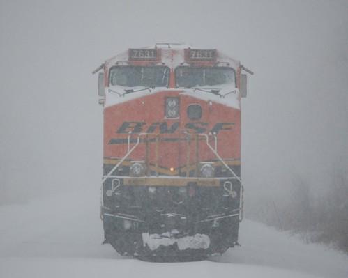 12 14 08 Snow Storm Bnsf An All Rail Waits For A Crew At