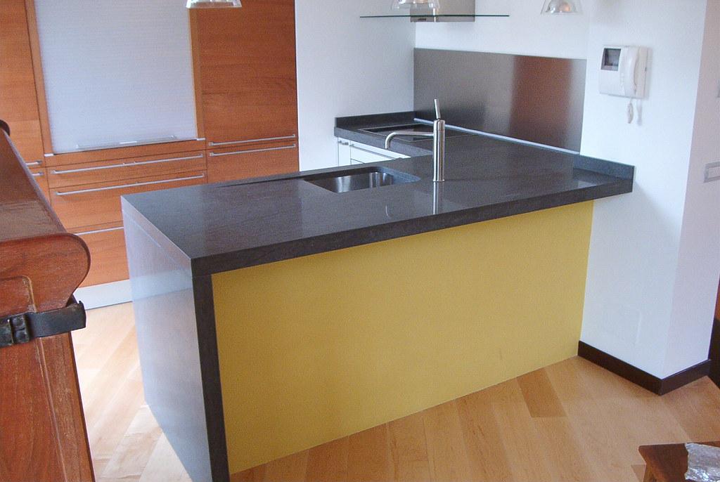 Top per cucina top per cucina in basaltina lucida davu flickr
