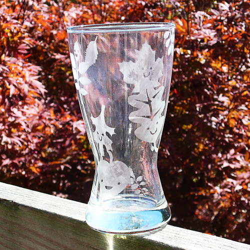 leaf-pintglass-etch_102008_01 | by Alienate