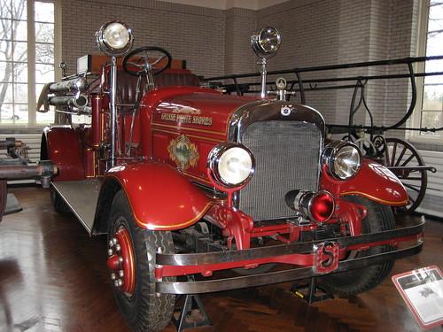 H 1924 Seagrave Fire Tru...