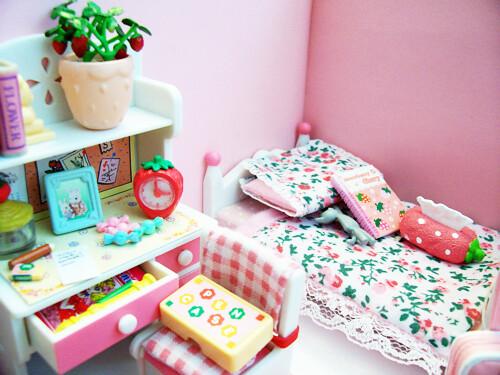 Custom Calico Critters Bedroom Set Style