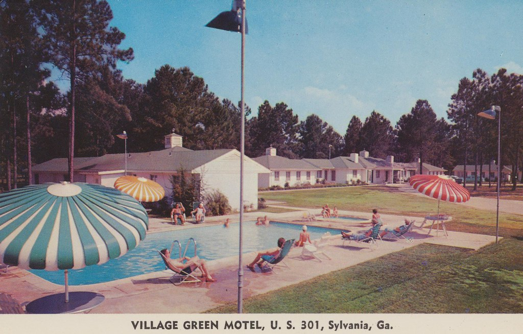 Village Green Motel - Sylvania, Georgia
