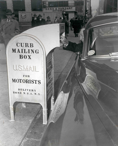 Snorkel Chute Curbside Mailbox | by Smithsonian Institution