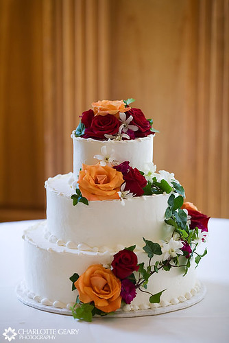 round wedding cakes with red roses wedding cake with orange and roses wedding 19339