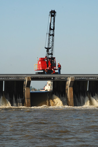 Bonnet Carre Spillway opening (day 1) | by Team New Orleans, US Army Corps of Engineers