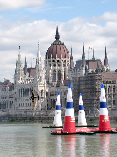 Red Bull Air Race practice session | by Bluelemur