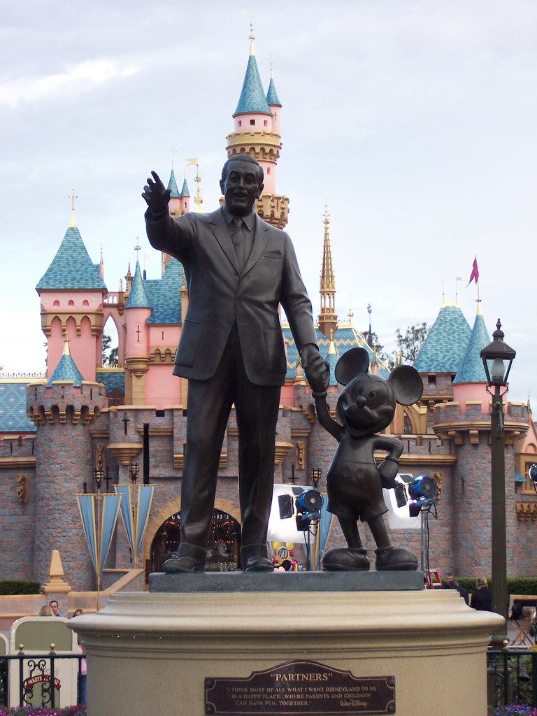 Partners Walt Disney And Mickey Mouse Statue Disneyland Flickr