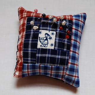 Pincushion gift from Judith | by Lynne @ Lilys Quilts