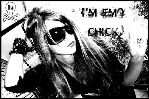 emo chick | by emo for ever