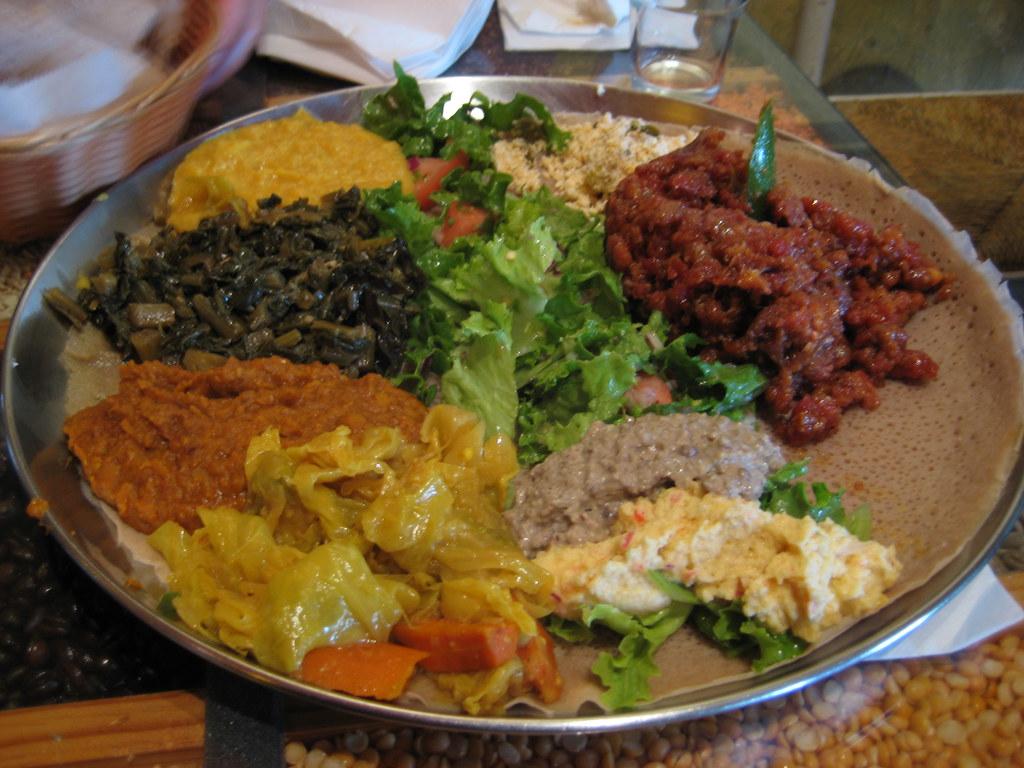 Cafe Colucci Dinner Vegetarian Combo Azifa Buticha Me Flickr