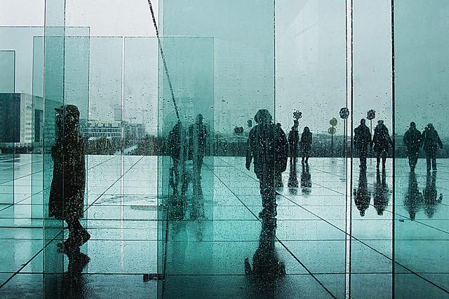 Gocce di pioggia sui vetri