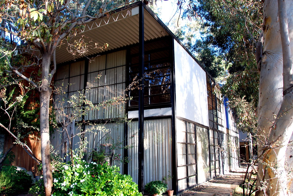 Case Study House No    The Eames House  Pacific Palisades