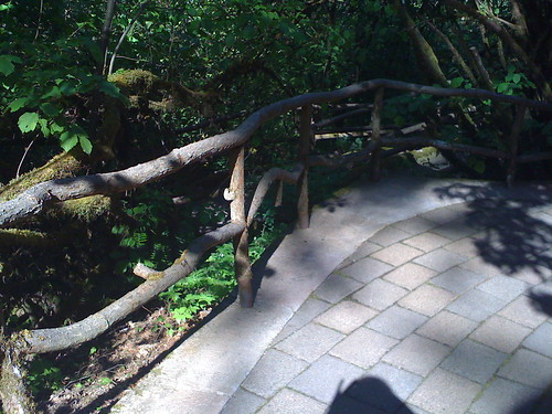 Fake handrails look like real branches | by aprilskiver