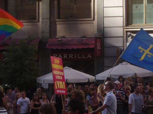 Orgullo Gay (5 de julio de 2008) - 05 - Stop homofobia. Soci… - Flickr