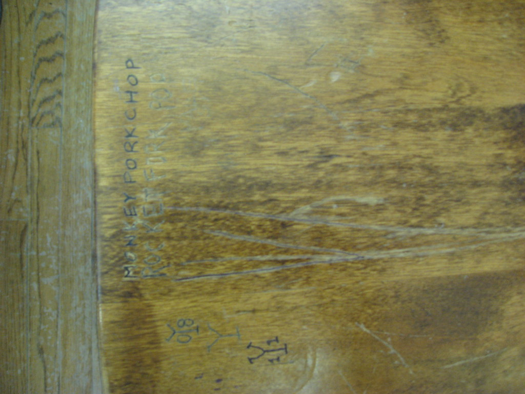 IMG_2294 | Old desk with graffiti | EdTech Stanford ...