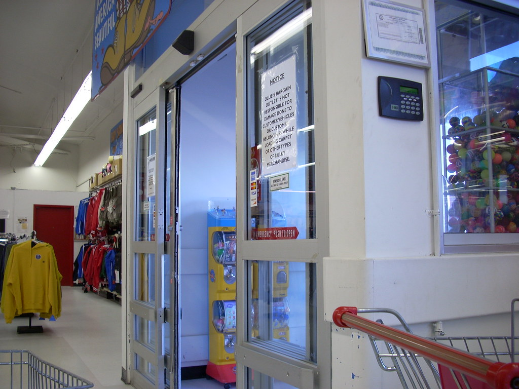 Ollie's Bargain Outlet interior   by RetailByRyan95 Ollie's Bargain Outlet interior   by RetailByRyan95