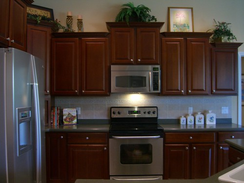 kitchen cabinets 42 high kitchen with 42 in upgraded cherry cabinets and high end 19910