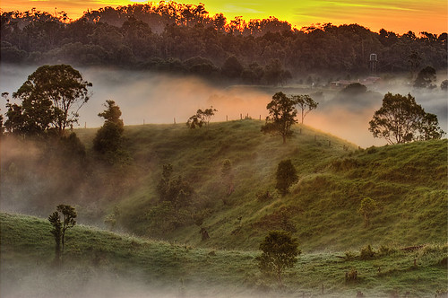 Tableland Mists | by aycee_2000