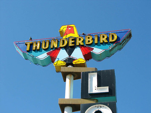 Thunderbird Lodge - Redding, California | by Vintage Roadside