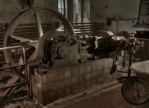 compressor for some cooling machine in the butchers house | by SnaPsi Сталкер