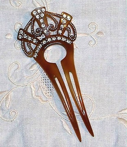 LET DOWN YOUR HAIR Antique Hair Comb/Pin | by magoovintage