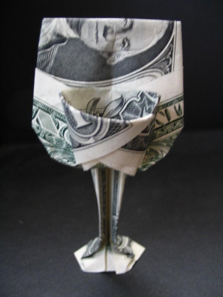 Dollar Origami Basketball Hoop