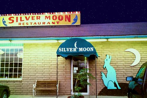 New Moon Cafe Oshkosh To New London Wi