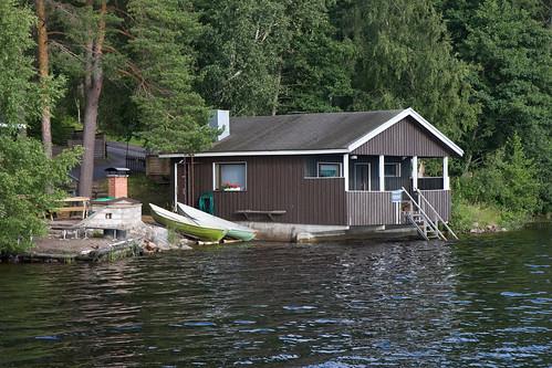 La petite cabane au bord du lac imatra finlande aout - La cabane au bord du lac ...