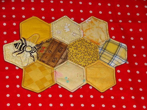 Bee Quilt Out of the Box- October | by ezri_b