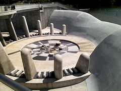 Spillway Fountain at Black Hoof Park | by KC-Bike
