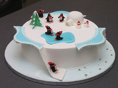 Penguin Christmas Cake | by More Cake