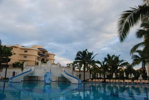 Hotel Riu Vallarta Family Room