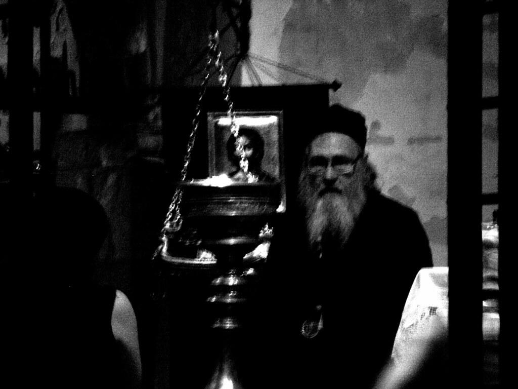 La Credenza Rimbaud : La credenza arthur rimbaud e un ampio armadiou2026 flickr