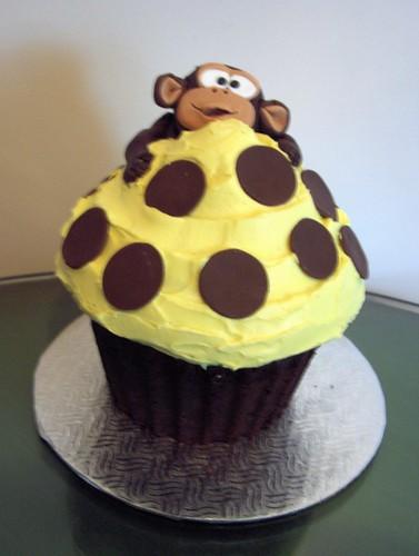 Cupcake Monkey Cake