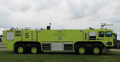 Oshkosh Striker 10e Aircraft Rescue And Fire Fighting Vehi