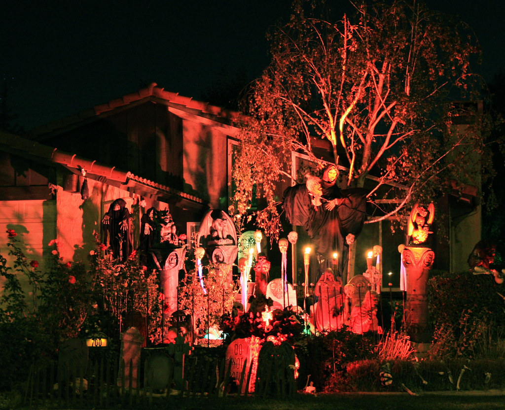 scary house by randy son of robert - Homes Decorated For Halloween