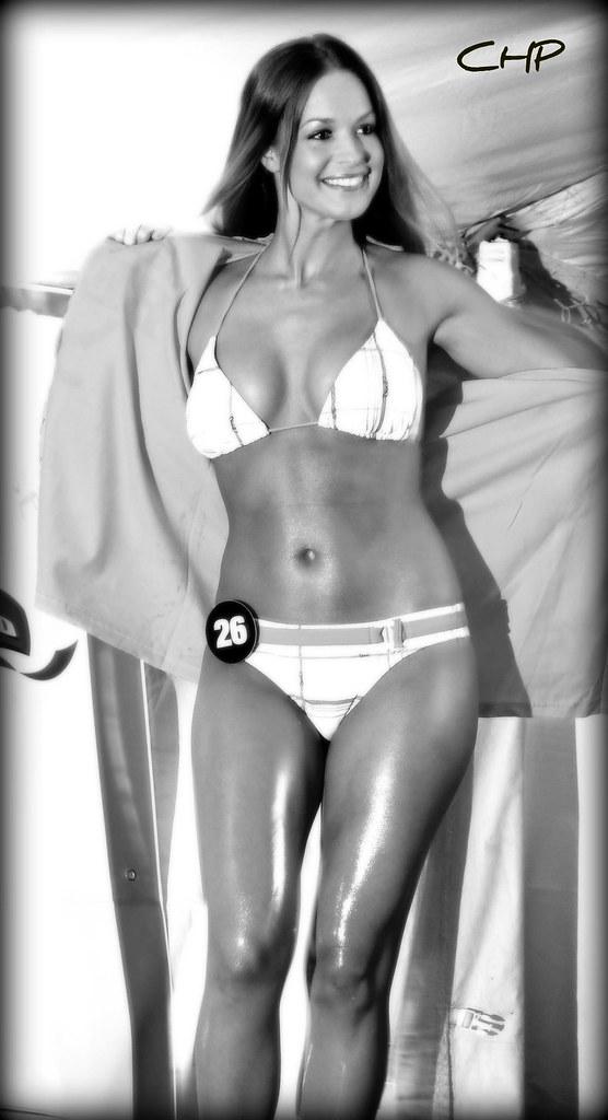Hillary hooterz bikini