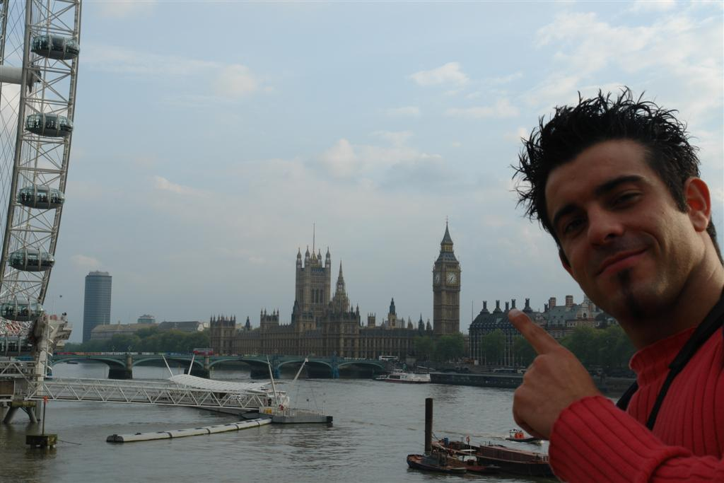 viajar entre Inglaterra y Francia: Junto al Río Támesis, el London Eye y el Parlamento de Londres viajar entre inglaterra y francia - 2963388865 99f94da604 o - Cómo viajar entre Inglaterra y Francia