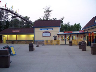 Holiday World - Entrance Plaza | by Andrew 94