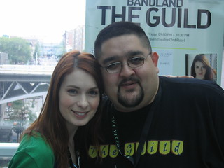 Felicia Day posing with Edgar | by egspoony