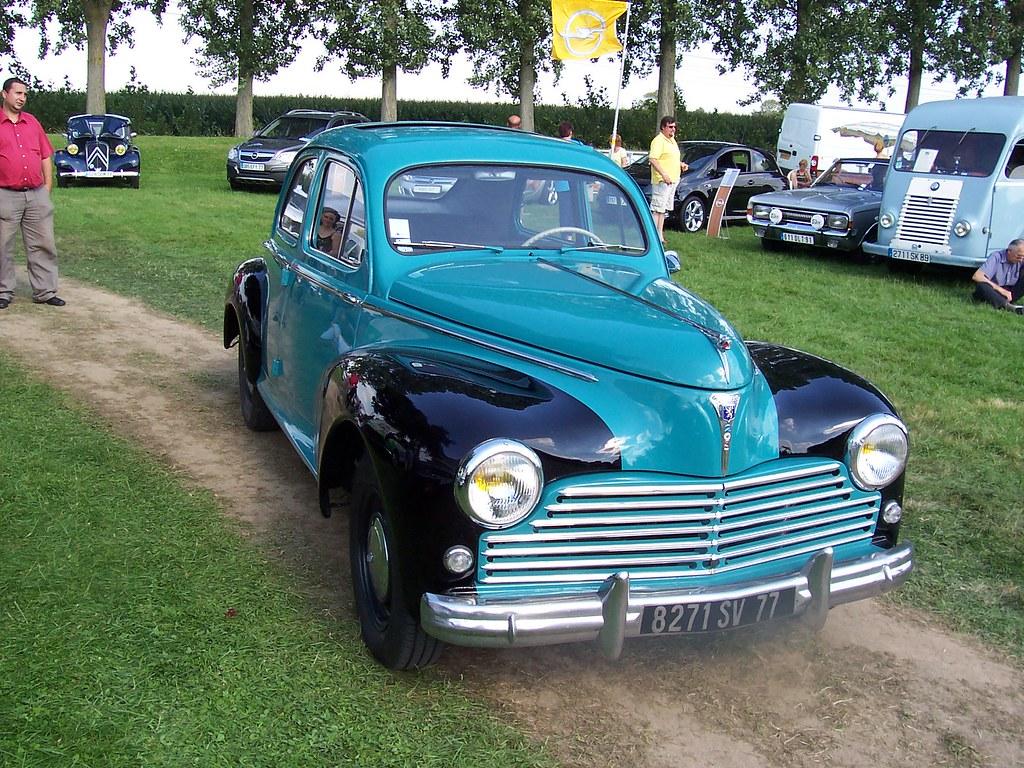 Rassemblement voitures anciennes 77