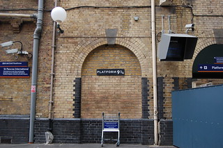 PLATFORM 9 3/4 at King's Cross Station | by kawanet