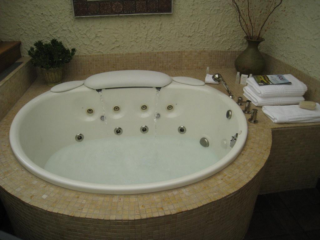 American Club, Carriage House, Kohler, Wisconsin | Hot tub o… | Flickr