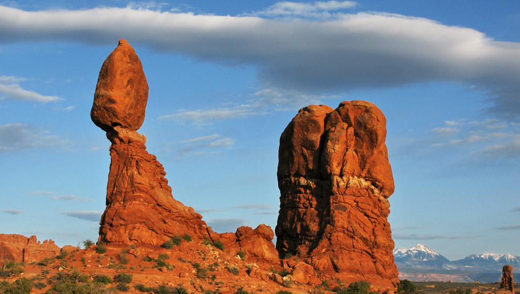 Avoiding mergers photography Photography Composition Balanced Rock Sunset Arches National Park By Anadelmann Slideshare Balanced Rock Sunset Arches National Park This Week Endsu2026 Flickr