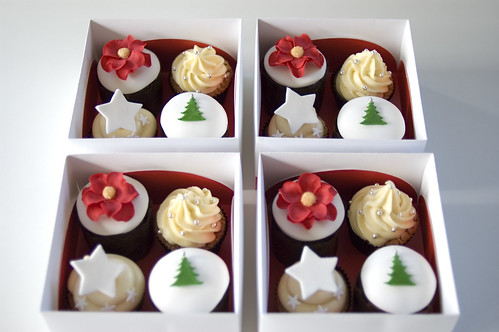 Christmas cupcakes | by Sweet Tiers