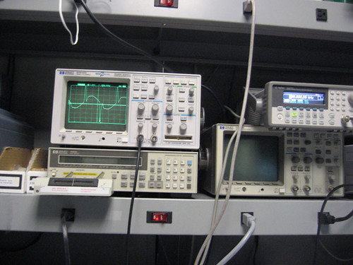 Function Generator And Oscilloscope : My favorite function generator oscilloscope setup in