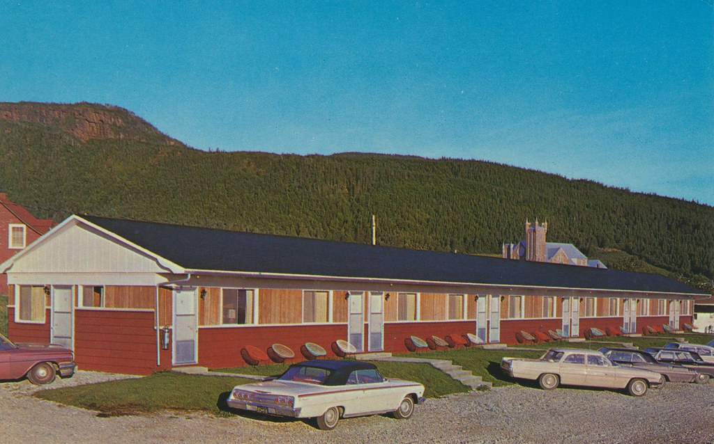 Motel Au Fou De Bassan  - Perce, Quebec