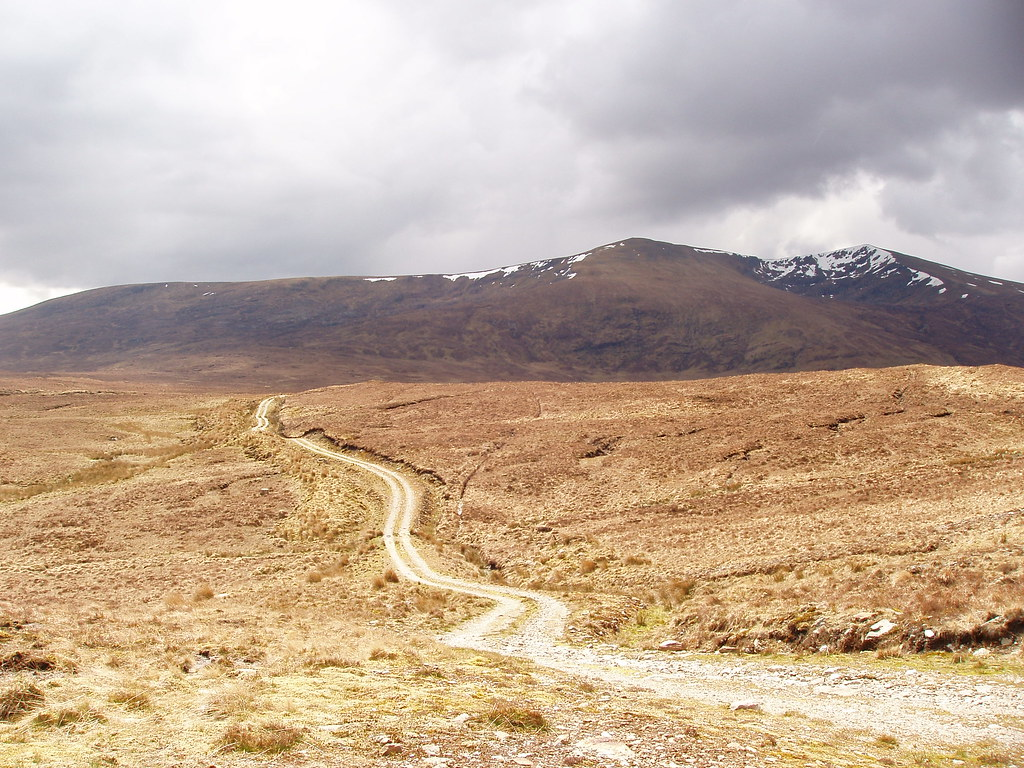 Le sentier de retour vers Fionn Bheinn