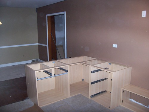 Base Kitchen Cabinets As A Movable Islands